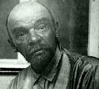 Запрещенная фотография Ленина, которую хоть в фильме ужасов показывай